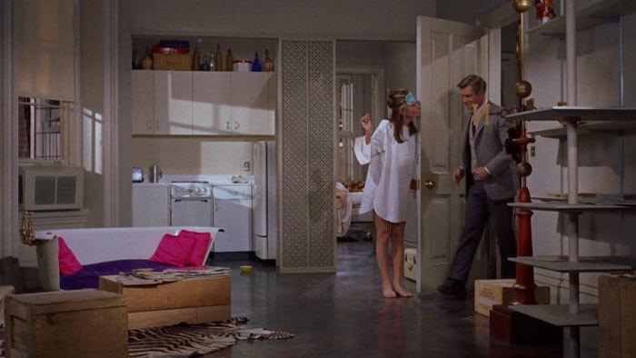 映画のなかのルームウェアにキュン♪ - 「ティファニーで朝食を」_e0219353_13501173.jpg