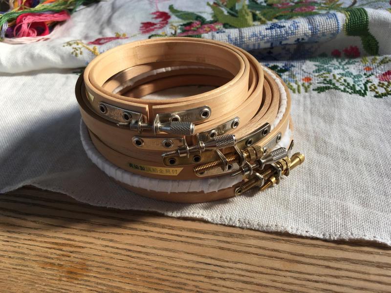 刺繍枠の修理_a0374562_08472090.jpg