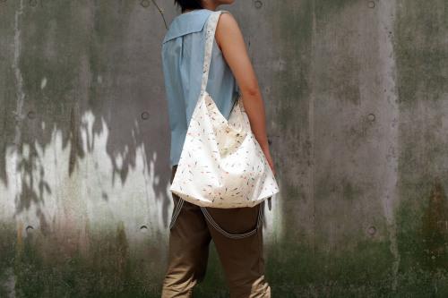 「wear bag 」マチが付いて新登場!_e0243765_10001823.jpg