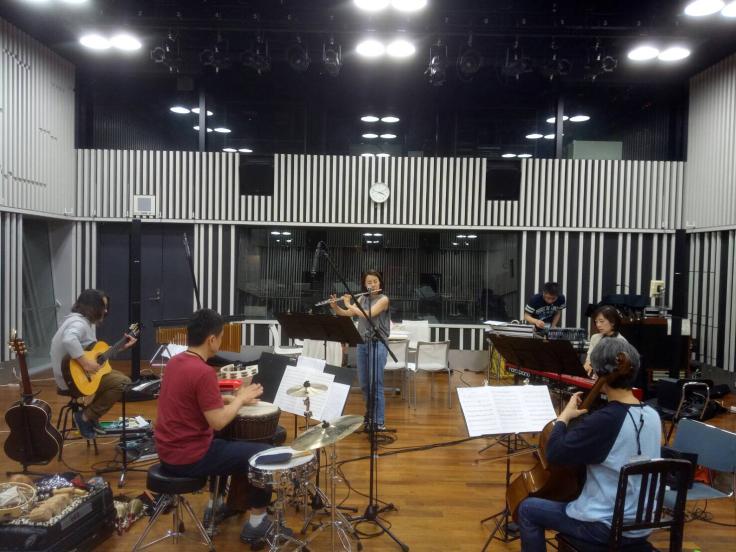 NHK「まいあさラジオ」でオトのハコブネの楽曲「誰かが君を探してる」が紹介されました♪_b0123372_09542902.jpg