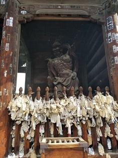 GW前半 長野県への犬連れ車中泊の旅 善光寺編_b0080342_11002335.jpg