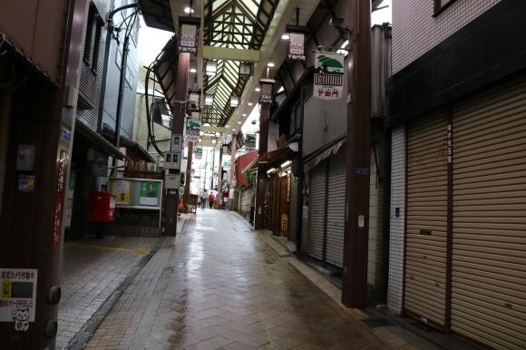 雨の下御門商店街(奈良県奈良市)_c0001670_19510607.jpg