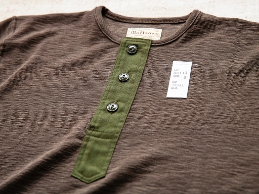 "MATTSONS\'より""SLAB KNIT HENLEY NECK T-SHIRTS\""のご紹介です!!_d0160378_13454913.jpg"