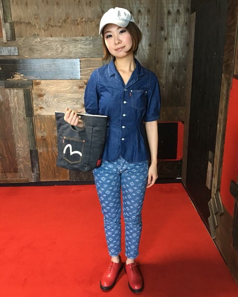 EVISU WOMAN_a0154045_03493159.jpeg