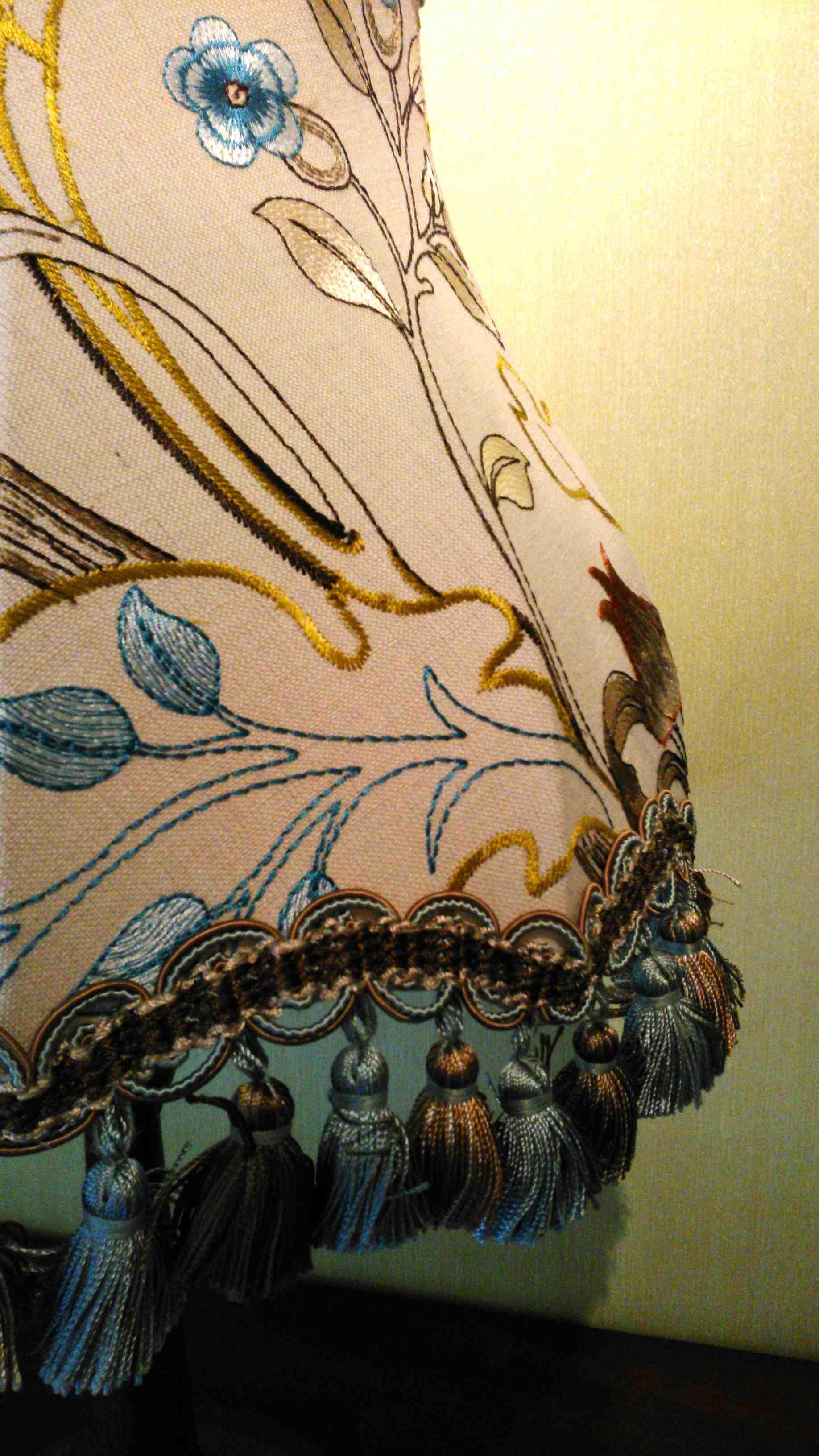 モリスのテーブルランプ『マリーイザベル』麻バージョン_c0157866_19543024.jpg