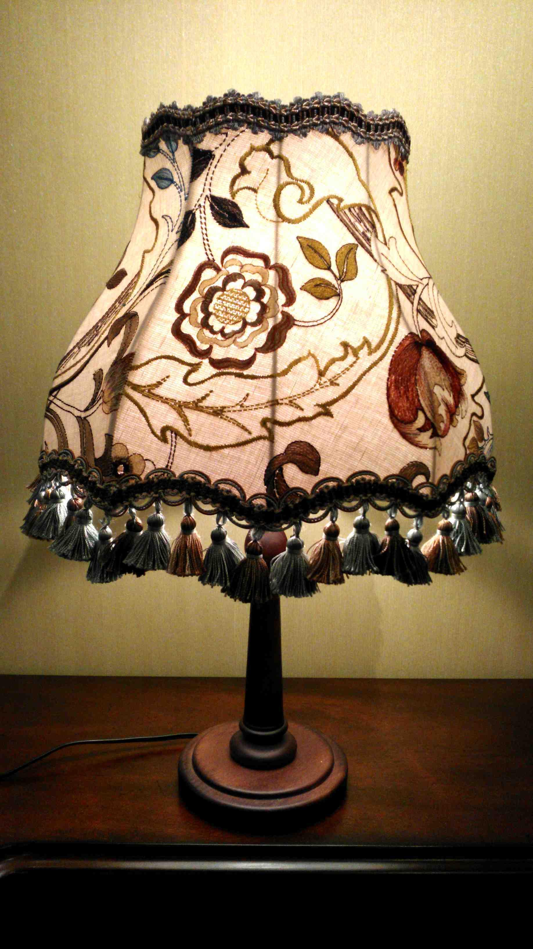 モリスのテーブルランプ『マリーイザベル』麻バージョン_c0157866_19545910.jpg