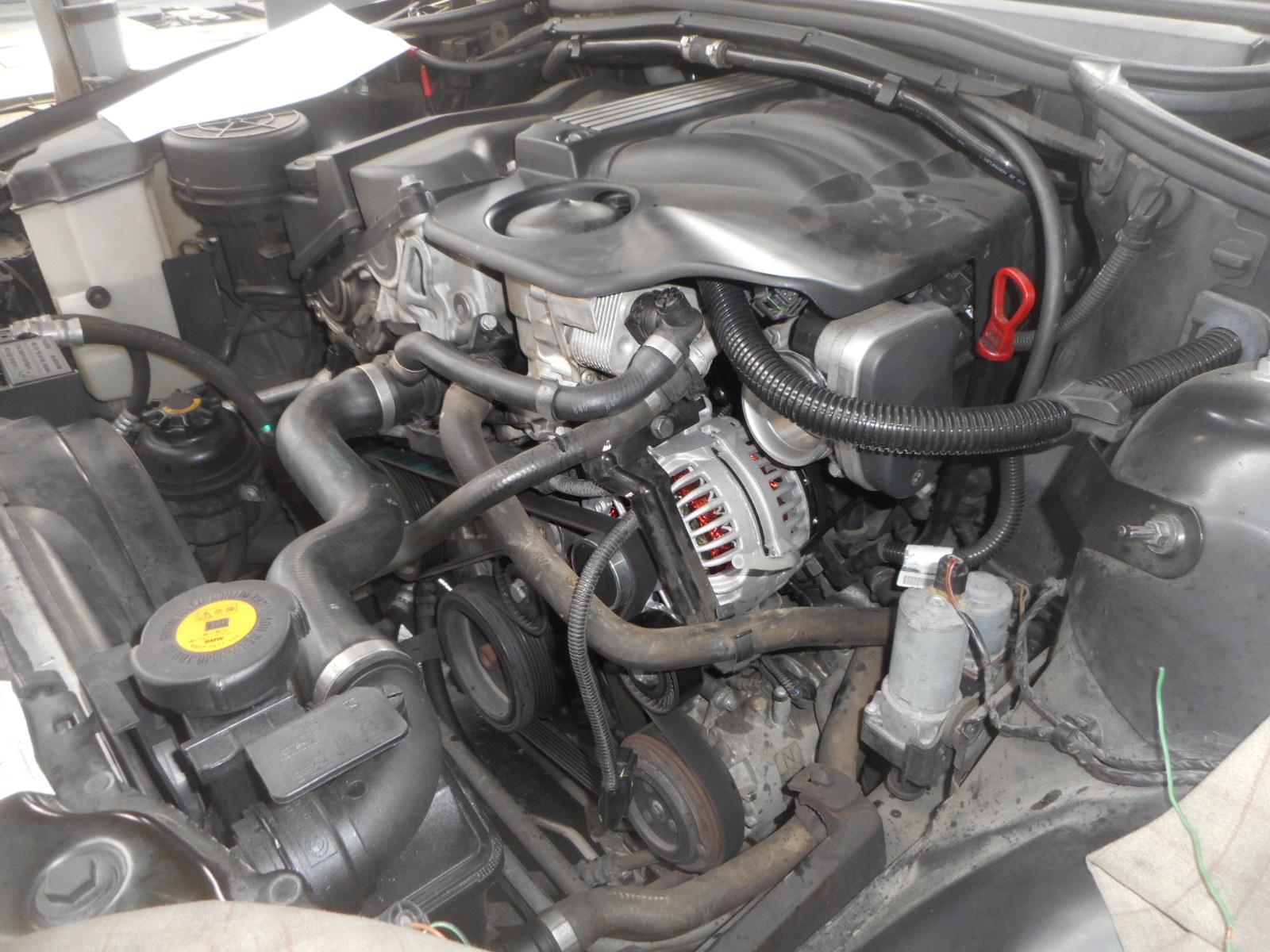 BMW 320i(E46) 充電警告灯点灯 修理(オルタネータ交換)_c0267693_15075618.jpg