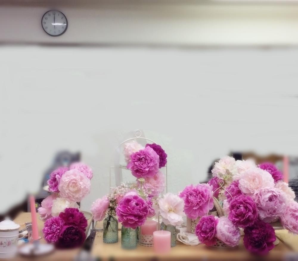 花時間さんカレンダー 5月、シャクヤクのピンク爛漫_a0042928_21225816.jpg