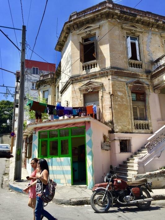 リゾート気分のキューバ音楽_a0103940_16451653.jpeg