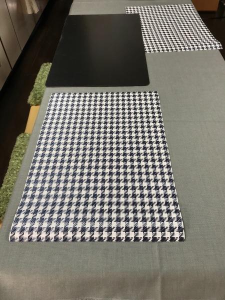 テーブルクロスを作ります。_e0397389_15421269.jpg