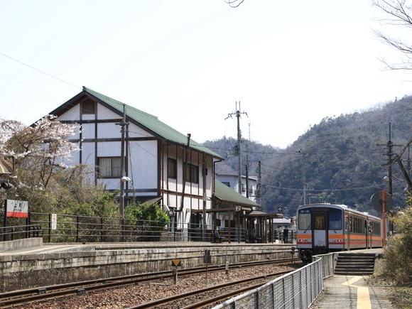 JR上月駅 撮り鉄!_d0202264_4373628.jpg