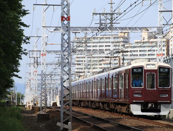阪急1303F 撮り鉄・・_d0202264_4441237.jpg