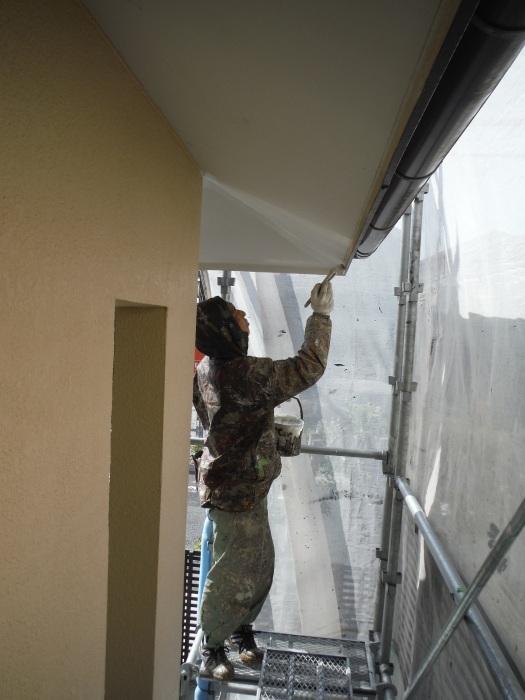 屋根・外壁の塗り替え ~ 軒天と壁塗り_d0165368_03193085.jpg