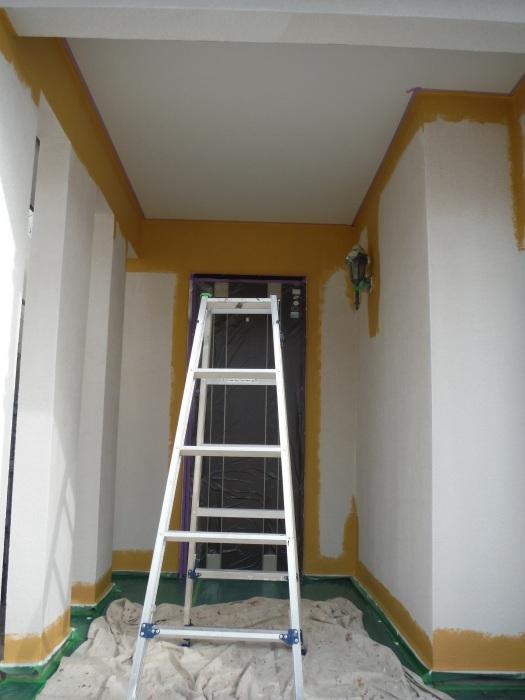 屋根・外壁の塗り替え ~ 軒天と壁塗り_d0165368_03201289.jpg