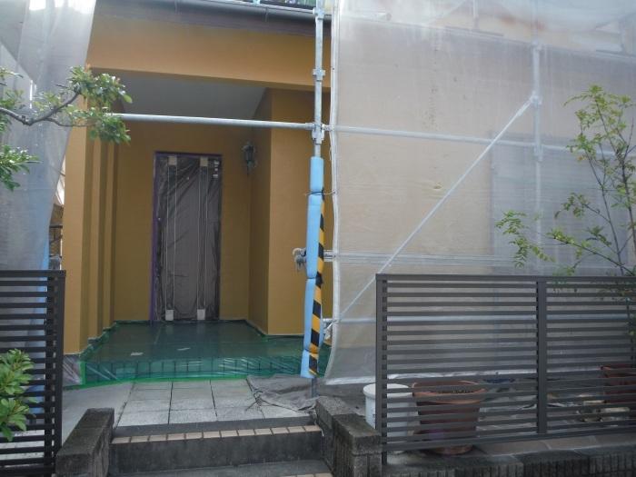 屋根・外壁の塗り替え ~ 軒天と壁塗り_d0165368_03211257.jpg