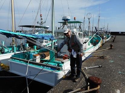 ★岩和田漁港でへチ釣り・・釣れたのは??★_e0147297_19195623.jpg