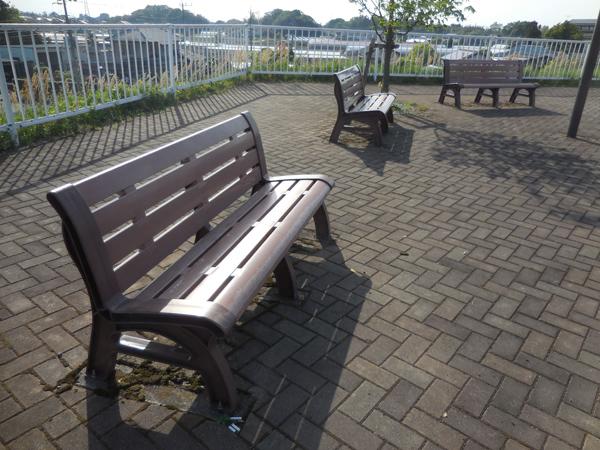 今日のベンチ №128_e0097534_16123566.jpg