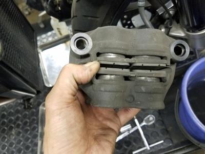VFR800X ブレーキ整備_e0114857_10410651.jpg
