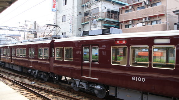 阪急6000F クーラーキセ更新されず_d0202264_18313366.jpg