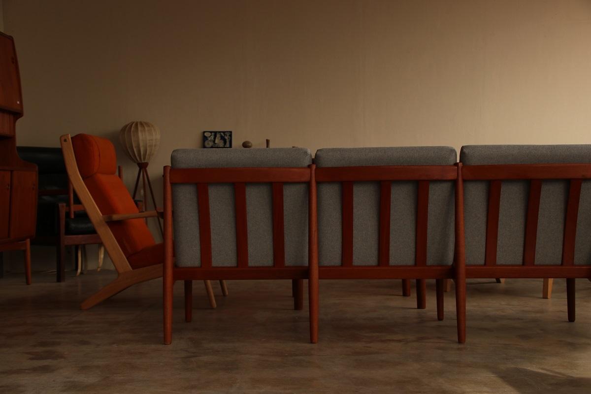 『Arne Vodder Sofa』_c0211307_17120247.jpg