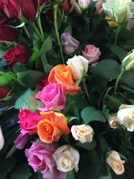 八ヶ岳 蓼科高原 オーベルジュ シャレーグリンデル 薔薇でお出迎え_d0109415_15581668.jpeg