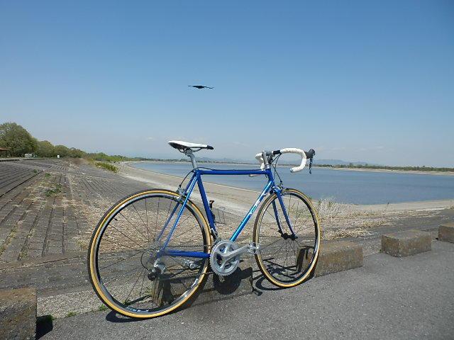 自転車通勤 !!_e0378686_15443097.jpg