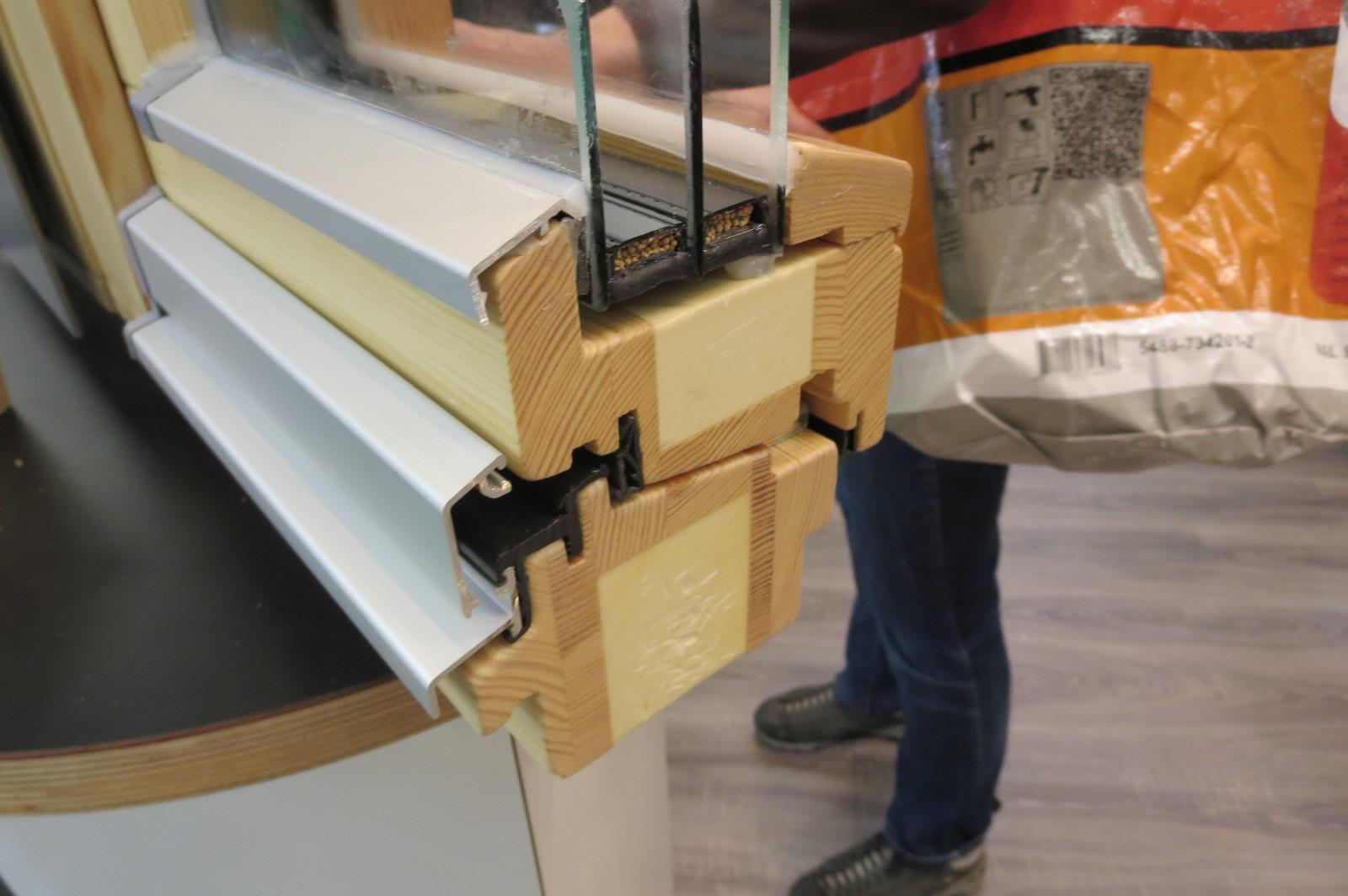 窓再考:見込厚木製サッシ_e0054299_18074352.jpg