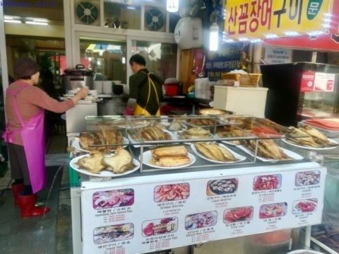 ウヨンのふるさと釜山旅⑦ 〜チャガルチ市場でヒラメとタコに惚れる〜_e0126009_07342605.jpg