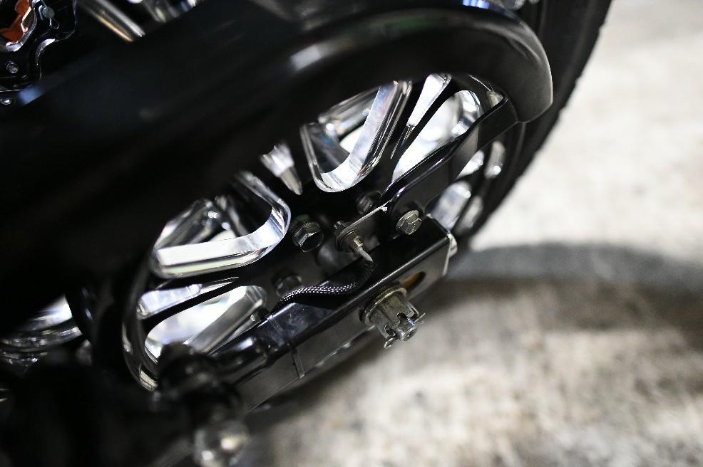 Moto Gadget製の高級メー..._a0159215_00195739.jpg