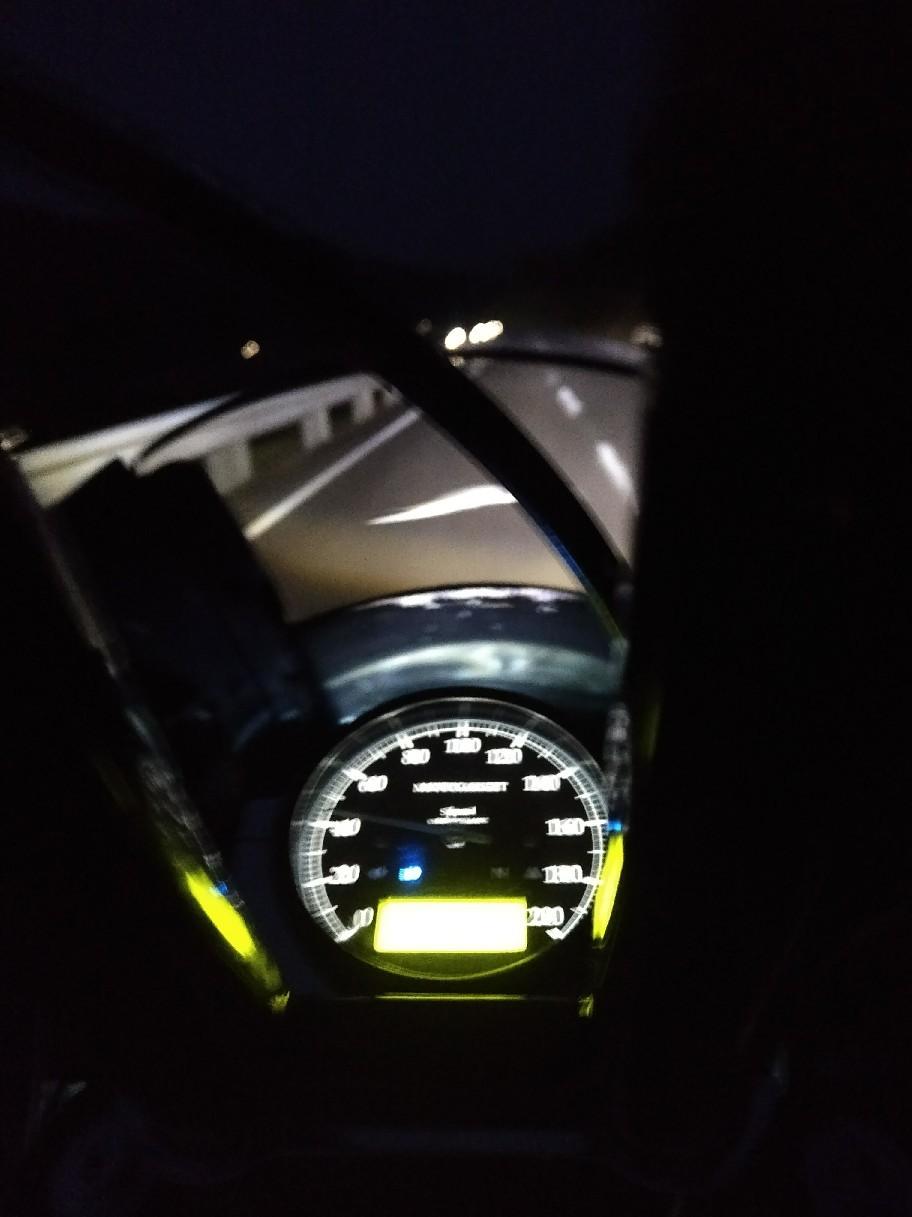 Moto Gadget製の高級メー..._a0159215_00323969.jpg