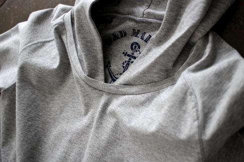 もうすぐ再入荷!ストレッチ9分袖フード付きTシャツ♪ _d0108933_12180771.jpg