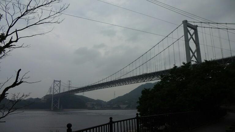 27日目【博多−山口川棚温泉】雨雲に追われて九州脱出_e0201281_04302887.jpg