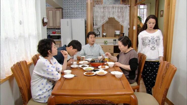 『家族なのにどうして〜ぼくらの恋日記〜』視聴中_f0378683_08184166.jpg