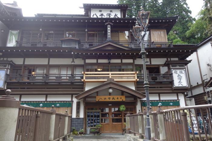 銀山温泉 旅館 永澤平八_c0112559_08113414.jpg