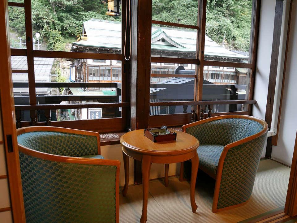 銀山温泉 旅館 永澤平八_c0112559_08200544.jpg