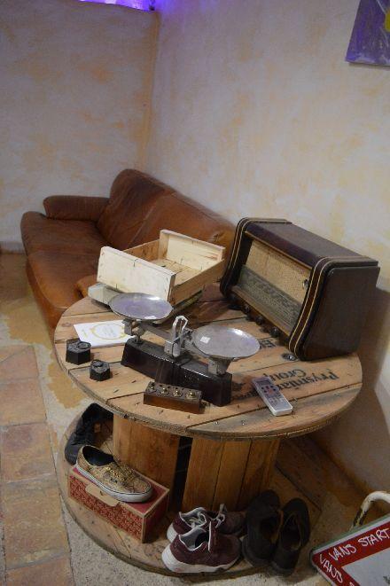 古着屋さんのカフェ_b0346275_05100620.jpg