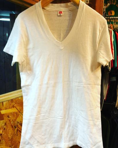 70s デッドストック Hanes V ネック Tシャツ_c0144020_13395461.jpg