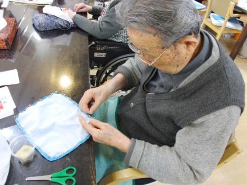 裁縫 ~ 通所用手提げバッグ ~_e0222340_1561855.jpg