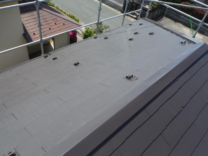 屋根・外壁の塗り替え ~ 壁の上塗り、雨樋取替_d0165368_05081563.jpg