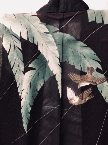 「芭蕉と雀の羽織」_f0344931_16205229.jpg