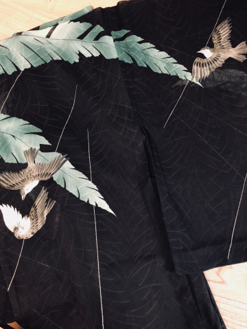 「芭蕉と雀の羽織」_f0344931_16205661.jpg
