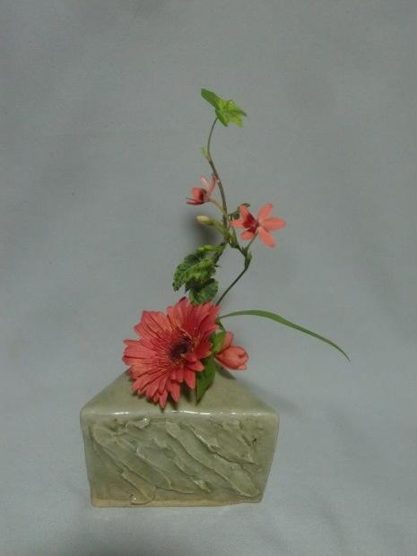 薔薇が散った! それでも美しく活けよう!_f0329849_23051043.jpg
