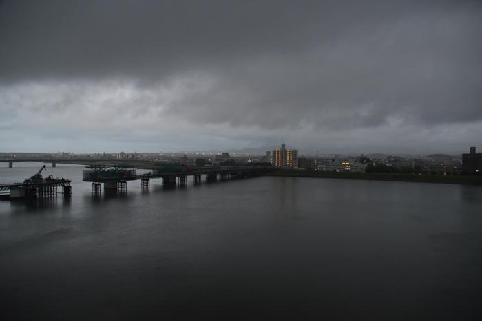 あああ、宮崎はきょうも雨だった~♪ (^_^;)_c0049299_21244378.jpg
