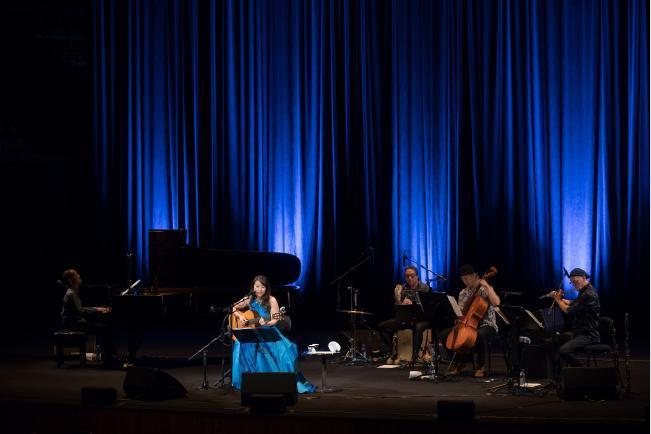 オペラハウスでランチ_f0155522_09175924.jpg