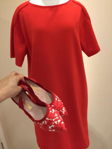 赤いレースの靴_c0223630_22005288.jpg