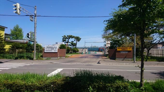 映画PとJKロケ地の旧五稜中学校解体_b0106766_10182423.jpg