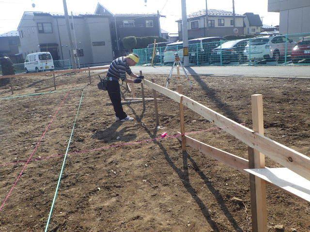 東仙北 大きな平屋の家 大工の墨付け刻みが進行中!_f0105112_04170117.jpg