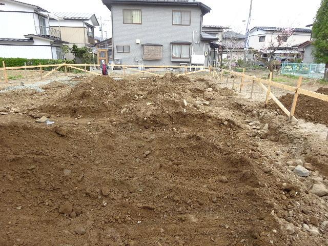 東仙北 大きな平屋の家 大工の墨付け刻みが進行中!_f0105112_04170164.jpg