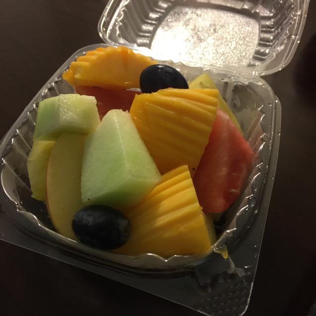 18年 4月ハワイ12☆ジュースとフルーツで栄養補給_d0285416_09182647.jpg