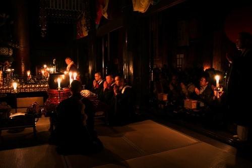 宿泊者限定、金峯山寺夜間拝感 再販しました!_e0154524_21252488.jpg